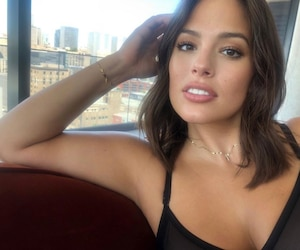 Ashley Graham publie une photo d'elle nue