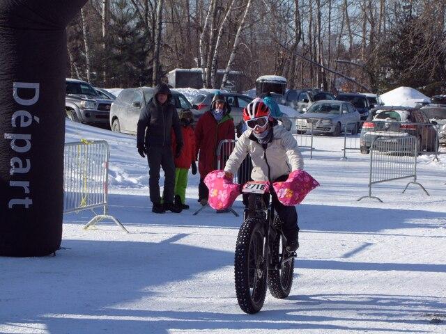 10 femmes sur la piste Fat Bike à Bromont.