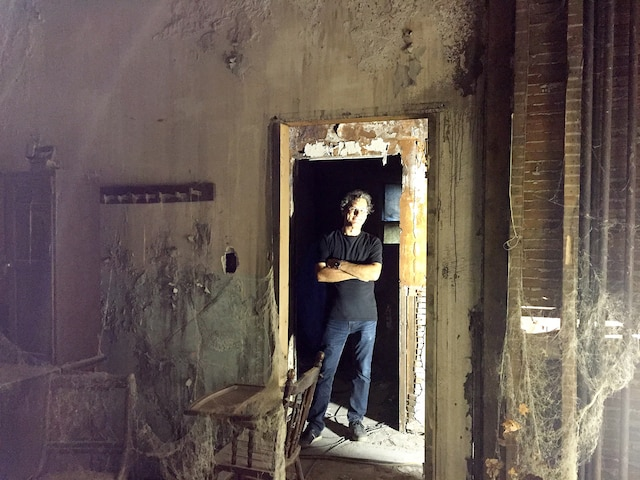 Le Québécois Claude Paré a conçu les décors du nouveau film tiré de l'œuvre de Stephen King.