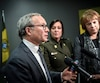 À la demande de la victime, un dossier de violence sexuelle jugé non fondé à la Sûreté du Québec pourra être étudié par un comité indépendant, a annoncé le ministre Coiteux.