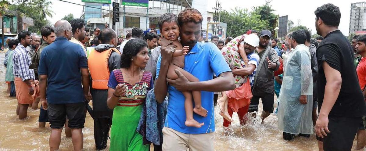plus de 320 morts dans des inondations en inde nouvelles pluies jdm. Black Bedroom Furniture Sets. Home Design Ideas