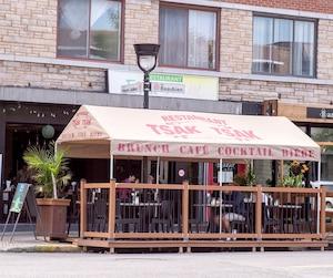 Le restaurant à déjeuner Tsak-Tsak est situé dans Rosemont–La-Petite-Patrie.