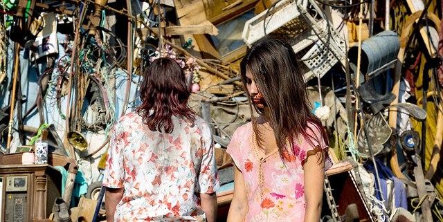 Une scène du film de zombies «Les Affamés».