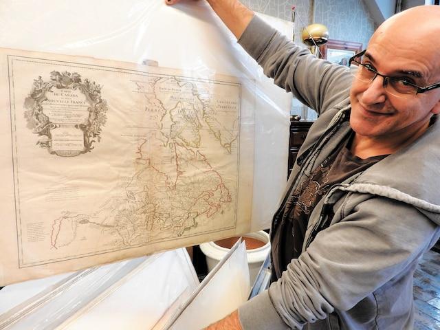 Gilles Roy présente sa carte préférée, celle de la Nouvelle-France datant de1703.