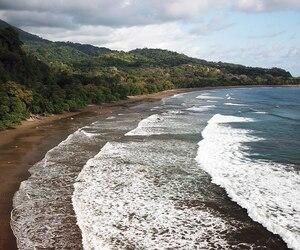 La plage de Dominicalito.