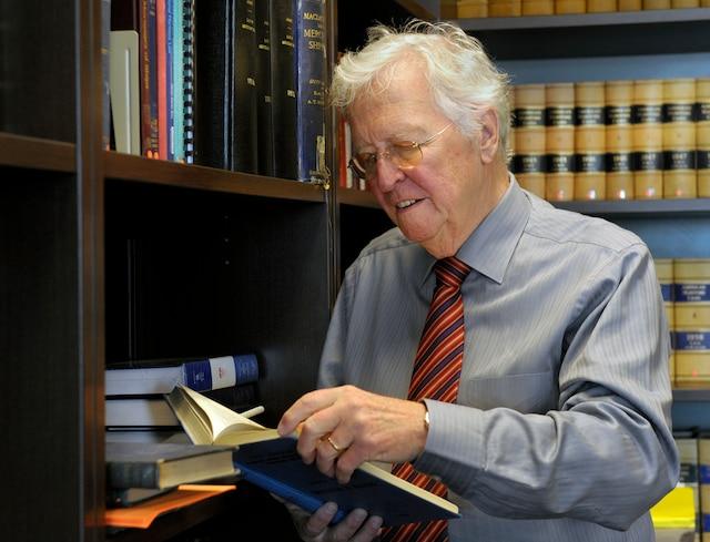 Guy Fournier s'entretient avec Jean-Paul L'Allier pour les grandes entrevues, jeudi le 3 Octobre 2013 a Quebec. SIMON CLARK/JOURNAL DE QUEBEC/AGENCE QMI