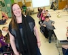 Comme plusieurs enseignants, Martine Desautels a opté cette année pour une classe «flexible». Elle a gardé les pupitres, mais elle a ajouté dans sa classe d'autres espaces de travail, que les élèves peuvent utiliser selon leurs envies.