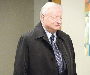 Gilles Vaillancourt, photographié ici en décembre 2016 juste avant d'aller en prison, aurait donné l'ordre à Roger Desbois de remettre de l'argent comptant à certains de ses collaborateurs.