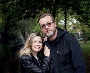 Image principale de l'article Luc De Larochellière et sa conjointe: nouvel album
