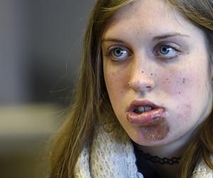Naomie Tremblay Trudeau compte porter plainte et poursuivre l'agent de police, avec l'appui de ses parents.