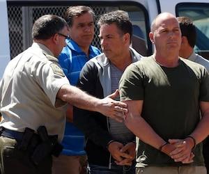 Thomas Harding (droite), Jean Demaitre (centre) et Richard Labrie (gauche) plaident non-coupable.