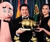 Le directeur de la Fédération canadienne des contribuables (centre), Aaron Wudrick, était flanqué de la mascottePorky the Waste Hater et d'une assistante lors du gala annuel au parlement des prix Teddy, remis aux «surdoués du gaspillage».