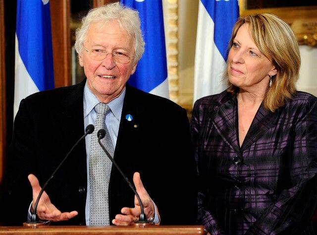 SL20100506-33Point de presse a propos de la Revollution tranquille.  La ministre Christine St Pierre et Jean Paul l'Allier.6 mai 2010Stevens LeBlanc