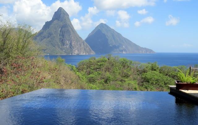 Les pitons, symboles de l'île de Sainte-Lucie.