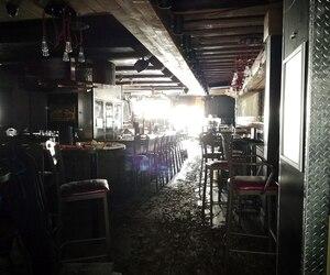 Marquis Fortin est allé constater les dégâts dans son restaurant, le Normandie, et son bar, l'Entracte. Le plancher s'est affaissé, une fondation s'est effondrée et les cuisines ont subi des dégâts par l'eau. L'homme d'affaires craint que la facture pour tout remettre en état soit très élevée.