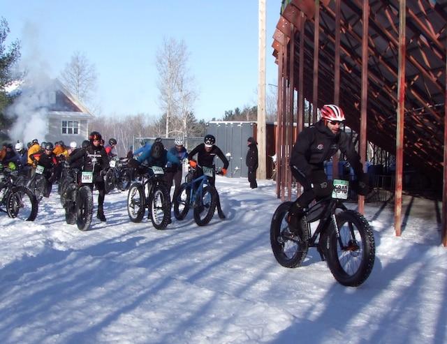 45 coureurs, au départ de la course de la marmotte à Bromont.