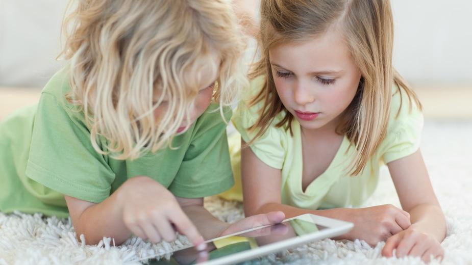 La dépendance aux écrans chez les petits
