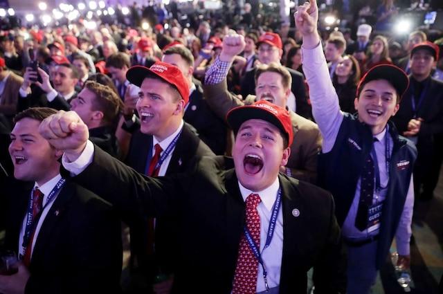 Les fans de de Donald Trump en liesse à l'hotel Hilton à New York Chip Somodevilla/Getty Images/AFP