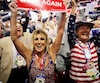 Des délégués célébraient la victoire du milliardaire après l'annonce des résultats du vote hier.