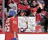 Les amateurs de hockey de Montréal sont fous de leurs favoris.