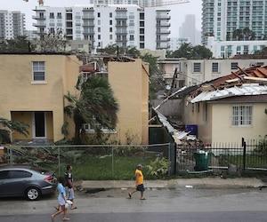 Powerful Hurricane Irma Slams Into Florida