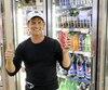 Propriétaire de dépanneurs à Mont-Laurier, Francis Verreault témoigne que les ventes de Coke ont quadruplé depuis l'opération de boycottage contre Pepsi mise en place quand 40travailleurs au centre de distribution local ont perdu leur emploi au mois de juin.