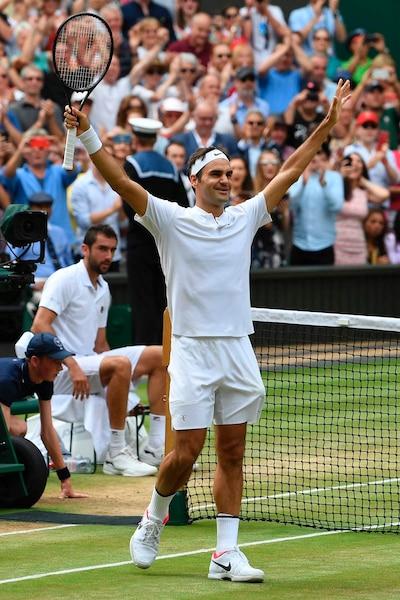 Le Suisse Roger Federer a décroché un huitième titre à Wimbledon.
