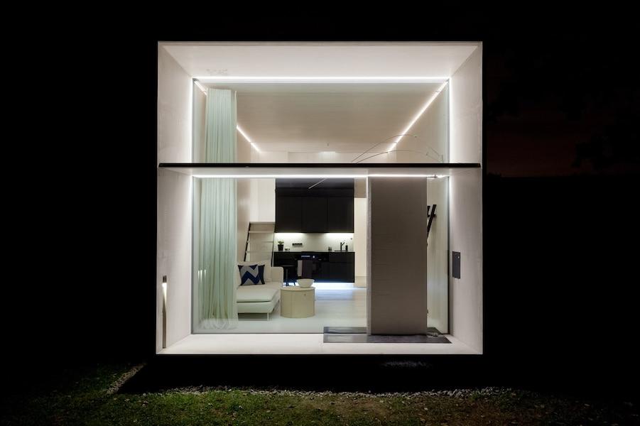 Cette mini maison vous donnera envie de paqueter vos for Kodasema maison