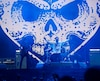 Malgré l'annulation du concert d'Avenged Sevenfold, Alexisonfire a dompté les Plaines avec une prestation énergique et furieuse, samedi.