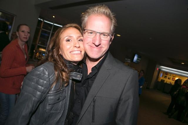 François Massicotte et sa conjointe Bianca sont venus applaudir le duo Dominic et Martin lors de la soirée de première de leur nouveau spectacle intitulé Fou.
