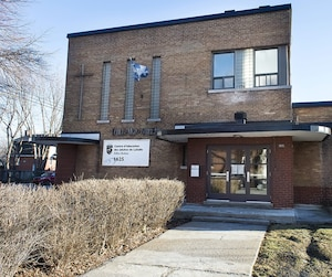 L'édifice Boileau, situé à Lachine, est un des bâtiments du Centre d'éducation des adultes de LaSalle. Quatre personnes de l'établissement scolaire, qui ont préféré garder l'anonymat, ont confirmé avoir vu des situations problématiques relativement aux feuilles de présence.