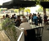 Si dame Nature a tardé à nous offrir du soleil, la chaleur qui est au rendez-vous depuis la dernière semaine fait le grand bonheur des restaurateurs.
