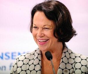Après avoir dit non à la CAQ, la très convoitée gestionnaire du réseau de la santé, Gertrude Bourdon, sera candidate pour le PLQ dans Jean-Lesage, dans la Basse-Ville de Québec.