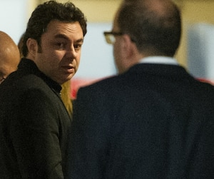 Le procès de l'écrivain jeunesse Maxime Roussy doit durer plusieurs semaines au palais de justice de Montréal.