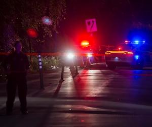 Un des hommes impliqués dans la bagarreaurait foncé avec un couteauvers les policiers du SPVM, qui ont fait feu.
