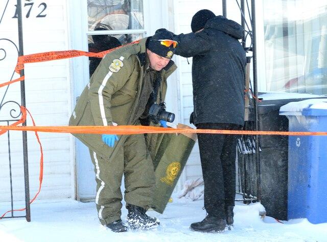 La Sûreté du Québec enquête actuellement sur un possible cas d'infanticide au Lac St-Jean: une femme aurait jeté son nouveau-né dans les poubelles.