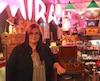 Liliane Ratté dans son temple d'objets «kitsch» dans Hochelaga-Maisonneuve, où se vendent aussi quelques créations neuves et locales.