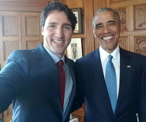 Un selfie de Justin Trudeau avec le président américain Barack Obama, qui était de passage à Ottawa pour le Sommet des leaders nord-américains le 29 juin 2016.