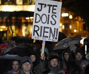 À Québec, comme dans plusieurs autres villes de la province, ils ont été nombreux à marcher pour dénoncer la culture du viol, mercredi soir.