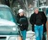 Le cascadeur Dean Copkov (à gauche) et Louis Nagy ont été vus ensemble alors qu'ils étaient sous filature policière. Nagy a caché son visage à l'aide d'une valise, hier, au palais de justice de Montréal.
