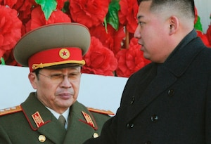 Jang Song-Thaek (gauche) a été limogé par Kim Jong-Un.