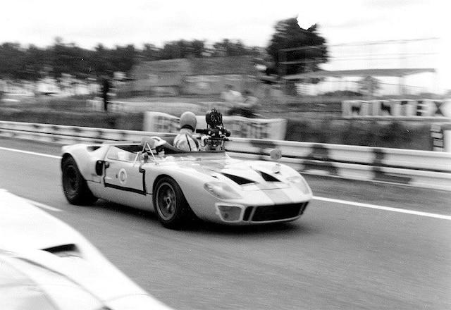 Une Ford GT40 1968 a été transformée en voiture-caméra pour le tournage du film LeMans.