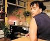 Majiza Philip a dû se faire fixerune plaque de métal et six vis dans le bras après s'êtrefait fracturer l'humérus par un policier ennovembre 2014. Elle poursuit maintenant la Ville de Montréal, sa police et deux de ses agents pour obtenir réparation.