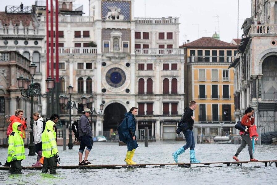 [PHOTOS]: Venise plongée sous l'eau à la suite de violentes tempêtes