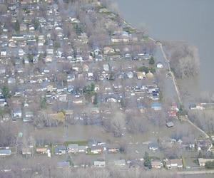Photo aérienne inondations, Sainte-Marthe-sur-le-Lac, le 29 avril 2019 KARIANE BOURASSA/ TVA NOUVELLES/ AGENCE QMI