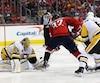 Les Penguins célèbrent un but de Jake Guentzel, une scène qui s'est reproduite cinq autres fois dans le match.