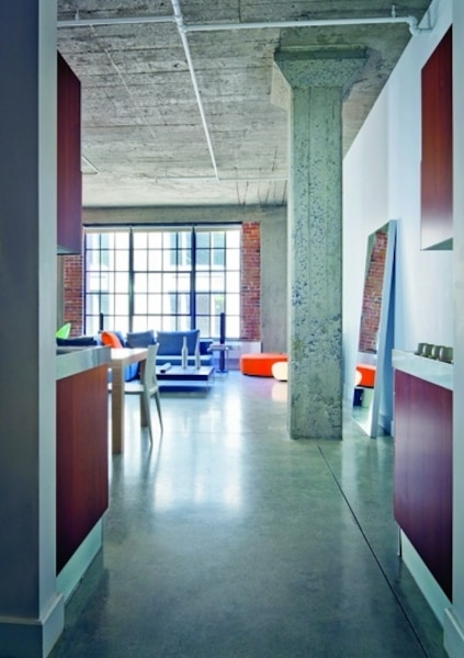 vivre dans un loft le journal de montr al. Black Bedroom Furniture Sets. Home Design Ideas