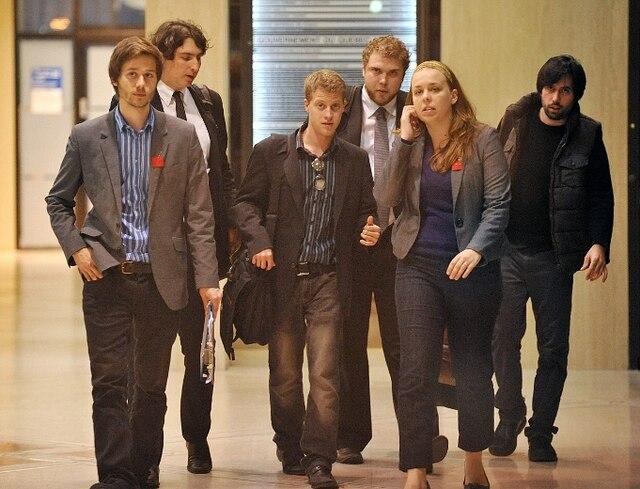 15 mai 2012: Sortie des leaders étudiants après une rencontre avec la nouvelle ministre de l'Éducation, Michelle Courchesne.