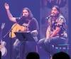 Le duo lors d'une prestation donnée dans le cadre du Zoofest de Montréal cet été.