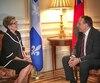 Le chef de la CAQ maintient que la première ministre de l'Ontario, Kathleen Wynne, demeure ouverte à son plan de barrages hydroélectriques même si elle dit le contraire.